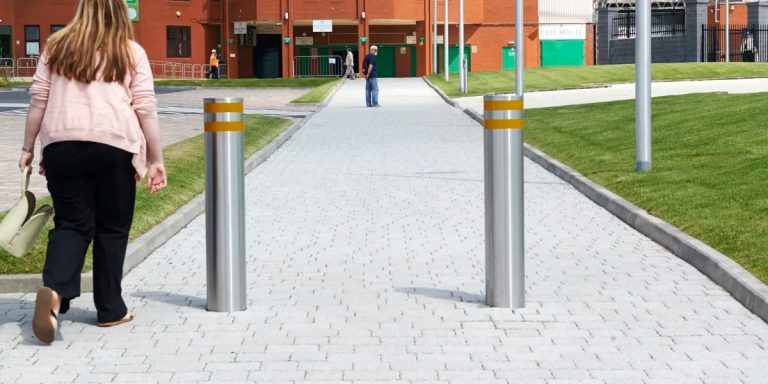 R Protective-7550-Stainless-Steel-Bollard-10349